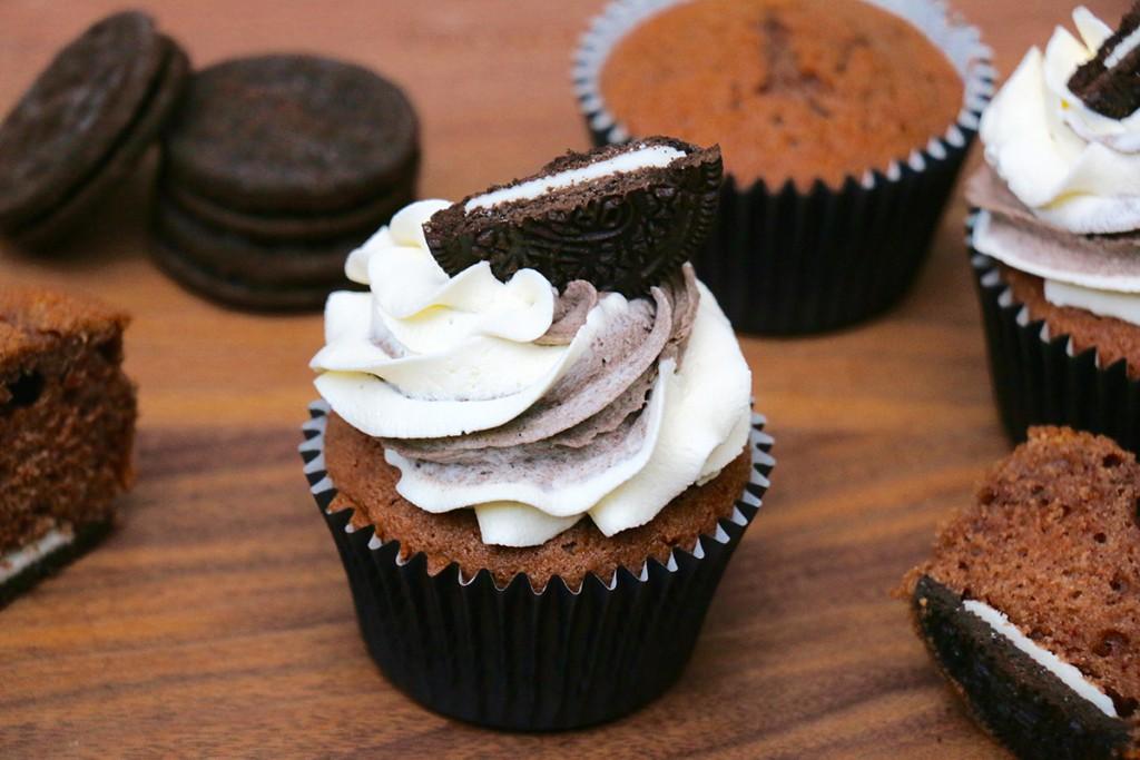 Recette Des Cupcakes Aux Oreos Facile Et Double Chantilly