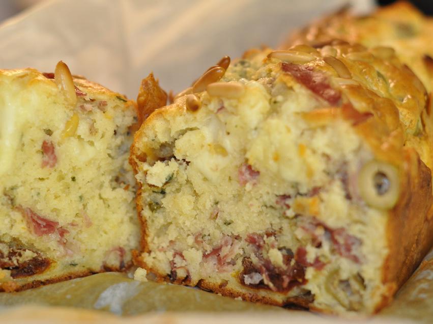 Cake italien jambon olives c pres - Recette cake sale vegetarien ...